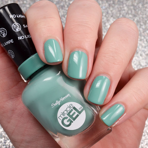 How To Apply Gel Nail Polish Sally Hansen | Hession Hairdressing