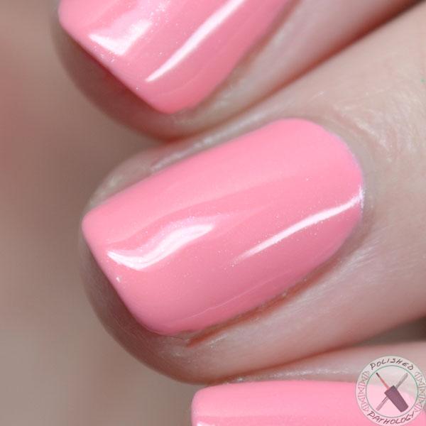 zoya-nail-polish-laurel-full-macro
